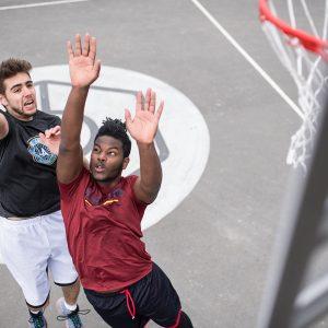 bandeja no basquete