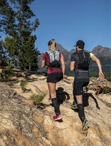 itens-para-prova-de-trail-running-mochila-de-hidratação