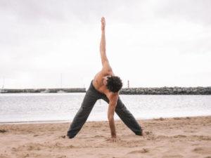 Conheça Os Benefícios Mentais do Vinyasa Yoga