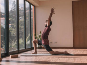 Benefícios físicos da Iyengar Yoga