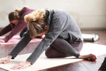 Motivo para praticar Yoga: desenvolve sua flexibilidade