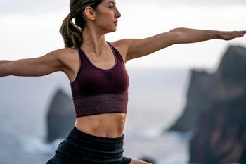 Um dos motivos para praticar Yoga é que você tonifica seu corpo