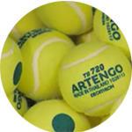 Bola de Tênis de Feltro com ponto verde, ideal para jogadores iniciantes